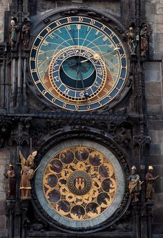 Allthingseurope:    Prague astronomical clock (by Marius Roman)