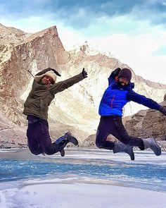 Instagram Photo Contest January 2018 #picoftheday (26th Jan) is by @kash.i.wander ・・・ Same Company, Same leader, Same Jumping pose. . . Congratulations 👍 . .  #Chadartrek #frozenriver #zanskar #ladakh #jammuandkashmir #lehladakh  #challenges #trekkinginindia #trekking #hiking #photoftheday #saturdayevening