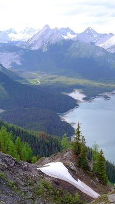 The best hikes in Alberta / Kananaskis Country / Banff National Park / travel in the Canadian Rockies Beautiful Photos Of Nature, Beautiful Nature Wallpaper, Beautiful Places To Travel, Nature Pictures, Amazing Nature, Beautiful Landscapes, Beautiful World, Best Nature Photos, Scenery Pictures