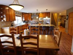 Huge Mountain Home, 2 Rustic Cabins with 3 Hot Tubs, Fire Pit, Barn, Picnic Area. Golden, CO