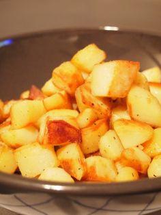 Si il y a bien une madeleine de Proust pour moi, ce sont les pommes de terres sautéesque nous faisaient ma grand-mère le week end en accompagnement d'un poulet rôti. Je vous livre ici une recette que faisaientContinue Reading