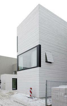 Prägnantes Raumgefüge: Urbane Villa von pasel.künzel architects