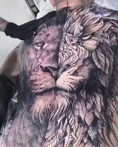geometric lion back tattoo - Photorealistic and geometric lion back tattoo by André Felipe -Photorealistic and geometric lion back tattoo - Photorealistic and geometric lion back tattoo by André Felipe - Japanese tattoo USA. Photorealistic and geo. Lion Chest Tattoo, Lion Back Tattoo, Lion Tattoo Sleeves, Lion Head Tattoos, Best Sleeve Tattoos, Wolf Tattoos, Animal Tattoos, Cute Tattoos, Beautiful Tattoos