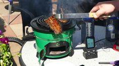 Kochen, braten, backen, grillen mit dem EcoZoom JET. Bbq, Toaster, Kitchen Appliances, Carne Asada, Cooking, Cast Iron, Grilling, Barbecue, Diy Kitchen Appliances