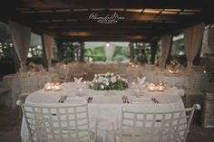 Umbria Wedding & Special Events with exclusive use of the Inn & swimming pool. Available 9 double rooms and gourmet restaurant
