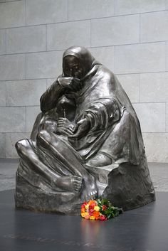 Kathe Kollwitz Pieta Bronze