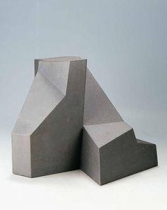 Rocks by the site Concrete Sculpture, Concrete Art, Art Sculpture, Sculptures, Geometric Sculpture, Abstract Sculpture, Contemporary Sculpture, Contemporary Art, Concept Architecture