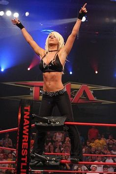 Angelina Love TNA wrestling