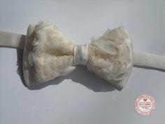 http://accessoriesforstars.blogspot.ro/2015/01/papion-shiny-ivory.html #bowtie #glitter #ivory #lace #silk #bow #accessoriesforstars