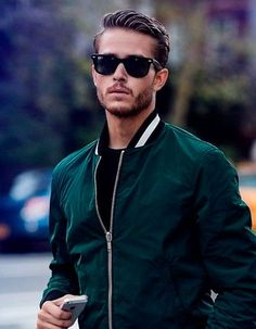 Coiffure homme cheveux tres court hiver 2015 – 50 coupes de cheveux pour hommes … Hairstyle man hair very short winter 2015 – 50 haircuts for men … – Related posts: Short Layered Haircuts For Curly Hair Very Short Hair, Short Hair Cuts, Short Hair Styles, Short Blonde Haircuts, Haircuts For Men, Bart Styles, Classic Haircut, Classic Mens Hairstyles, Men Hairstyles