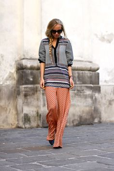 The chicest of pajamas. Would love to be brave enough to wear printed silk pants!