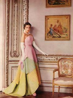 Dior 1950 photo by Cecil Beaton