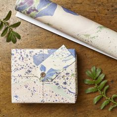 Marbled Meadow Gift Wrap SetOur Meadow gift wrapping set set contains all that you need for a beautifully wrapped present! This meadow design is part of our popular marbled collection, each design was orinigally created by hand to achieve the unique style. Sold in packs of 2 neatly folded sheets with 2 matching gift tags. Gift wrap is made from 100% recycled paper.Gift Wrap: 50cm x 70 cm Gift Tags: 4.5cm x 9.5cm