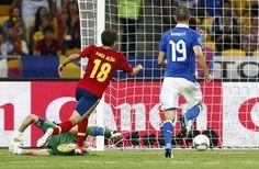 Jordi Alba scores a goal // Euro 2012 Jordi Alba, Euro 2012, Goals, Scores, My Style