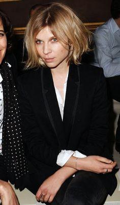 Avec son carré coiffé/décoiffé, Clémence Poésy a tout bon !