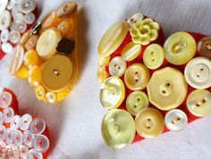 Make your own button heart brooch kit