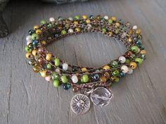 Crochet wrap bracelet   Vintage Hawaiian  avocad por slashKnots, $45.00