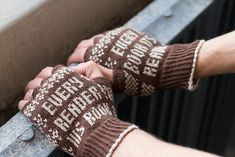 Ravelry: Ranganathan's Mitts pattern by Sharon Fuller