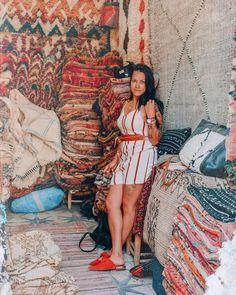 Lighroom mobile Souk Marrakech, Video Editing, Lightroom Presets, Summer Vibes, Photo And Video, Boutique, Lifestyle, Carpet, Jumpsuit