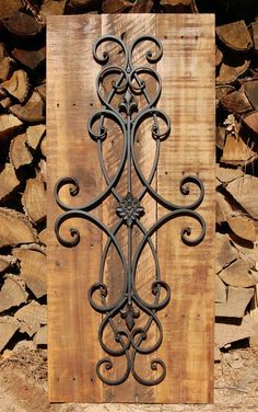10 Superb Iron Wall Decorations : A home with a rustic or classic interior design usually will have this kind of wall decor. An iron wall decor looks simple if you see it but the design and the size can be different from one to anothe Rustic Wall Art, Rustic Walls, Rustic Decor, Tuscan Wall Decor, Rustic Wood, Metal Walls, Metal Wall Art, Wall Wood, Metal Wall Decor