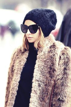 fur coat | nicole richie love the sunglasses and her