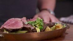 Retrouvez la recette complète sur le site de l'émission: labellegang.canalvie.com. Poultry, Meat, Food, Recipes, Backyard Chickens, Meals, Yemek, Eten