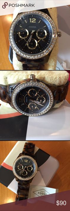 Fossil Stella Women's Tortoise Watch/New Great looking watch from Fossil with tortoise resin and multifunctional too. The case is around 37mm in diameter Fossil Accessories Watches