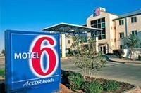 Free Hotel Coupon for Motel 6 Horn Lake, MS Hotel.  Get your hotel deal to save a bit of money!