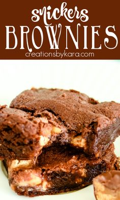 Fudgy, chewy brownies stuffed with Snickers candy bars - a flavor explosion! Every bite has gooey caramel, crunchy peanuts, and chocolate. #snickersbrownies #candybarbrownies #snickerbrownierecipe #brownierecipe -from Creations by Kara Recipes Using Fruit, Best Dessert Recipes, Chef Recipes, Fun Desserts, My Recipes, Delicious Desserts, Family Recipes, Chewy Brownies, Caramel Brownies