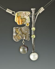 Necklace Nikki: sterling silver, stone, paua shells, steel,freshwater pearls, peridot, citrine, leather / Algirdas Morkunas / 2011