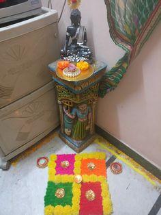in love drawings Rangoli Designs Flower, Rangoli Ideas, Colorful Rangoli Designs, Rangoli Designs Diwali, Diwali Rangoli, Flower Rangoli, Beautiful Rangoli Designs, Diwali Decorations At Home, Festival Decorations