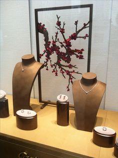 Cartier 2014 Spring New Window...
