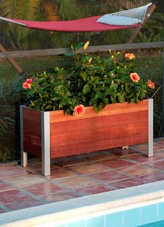 Mariner Lyptus Wood and Aluminum Planter