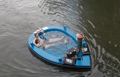 this is a hottug which is a hot tub boat that you can steer in the lake!!!!! i want this so badly!!!!! i saw it on the bachelorette