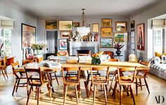 Emily Ward Designs a Family Home for Herself and Actor Giovanni Ribisi - Architectural Digest Architectural Digest, French Dining Tables, Home Design, Interior Design, Design Design, Los Angeles Homes, Club Chairs, Lounge Chairs, Scrappy Quilts