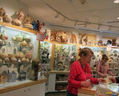 400arthospshow-300x243  Alaska Native Hospital Gift Shop