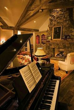 ♥ Beautiful room for a lovely piano Grand Piano Room, Piano Room Decor, Piano Studio Room, Le Piano, Piano Music, Home Music Rooms, Baby Grand Pianos, Colorado Homes, House Stairs