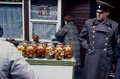 Львов накануне распада СССР: Архив фотографа Тадеуша Рольке - Bird In Flight