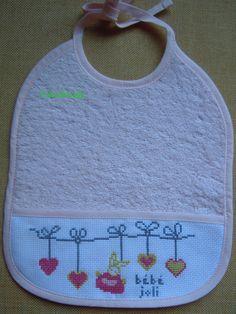 grille broderie bavoir bébé 10
