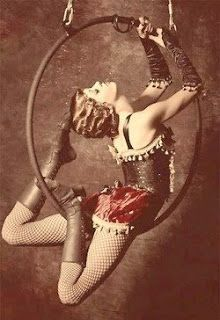 "idea for table settings - Each table is a different circus / freak show / carnival act""Circus performers of the past"" Dark Circus, Circus Art, Circus Theme, Old Circus, Circus Acrobat, Circus Birthday, Birthday Parties, Aerial Hoop, Aerial Arts"