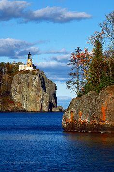 I never get tired of photos of Split Rock Lighthouse, on Lake Superior, Minnesota.  The area has spectacular scenery, but this photo is particularly gorgeous.