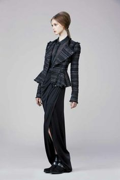 Rachel Zoe Fall 2014. Look #3. I like the jacket, edges, raw, yet tailored.