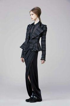 Rachel Zoe Fall 2014. Look #3. I like the jacket, edges, raw, yet tailored.