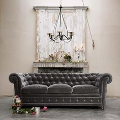 Mean Maharani: February 2011; gray couch