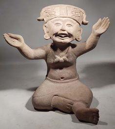 Ancient Veracruz Remojades Seated Sonriente Smiling Figure, 600-900 AD