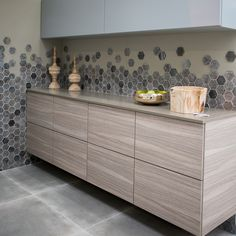 Cement-look tiles with wooden cabinets. Wooden, Wooden Cabinets, Color Pop, Tiles, Modern Accessories, Modern Design, Modern, Home Decor, Urban Living