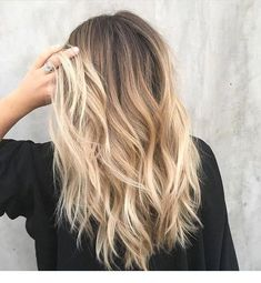 : 64 Hair Color for Brunette Balayage Brown Caramel Hairstyles 20 . 64 Haarfarbe für Brünette Balayage Brown Caramel Frisuren 2019 64 Hair Color for Brunette Balayage Brown Caramel Hairstyles 2019 When I see all these hair colors for brunette balayage Fall Blonde Hair Color, Fall Hair Color For Brunettes, Blonde Hair Looks, Brunette Color, Brown Blonde Hair, Hair Color Balayage, Brown Hair Colors, Bright Blonde, Ombre Hair For Blondes