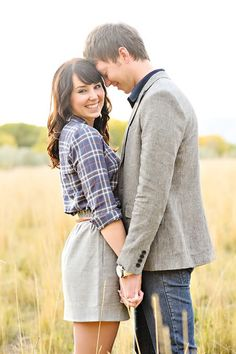 How to Dress for an Engagement Session » Colby Elizabeth Photography {Blog}
