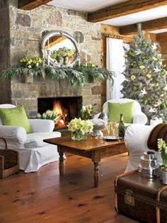 Home Decor Ideas: Warm Living Room with Christmas Decor Ideas