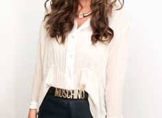 withe blouse, moschino belt and black pants